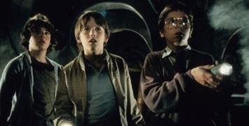 """Explorers"" : Cary Fukunaga et David Lowery écrivent une série tirée du film culte de Joe Dante"
